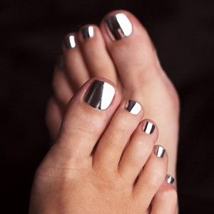chrome toe nail art