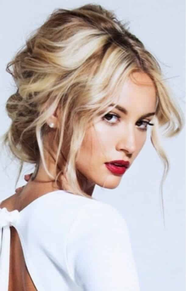7 Chic Hairstyles to Copy