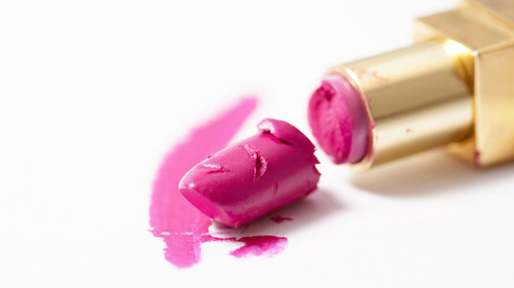 14 Life-Changing Makeup Hacks to Save you Money