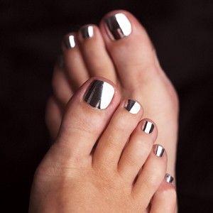 chrome toe nail art