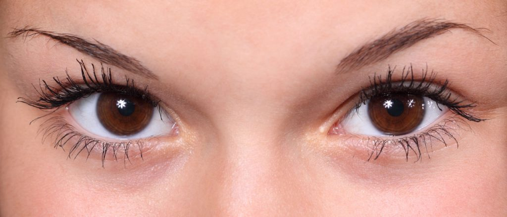 How To Conceal Dark Circles Like a Pro