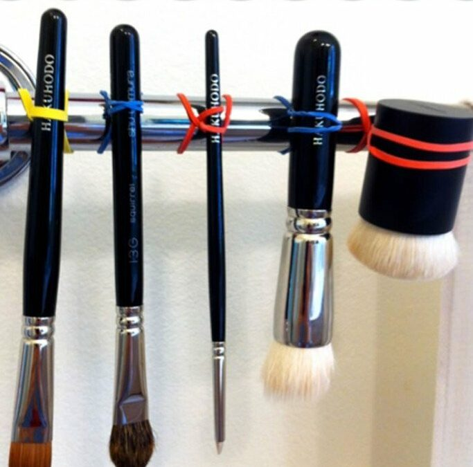 How To Wash Makeup Brushes (The Right Way!)