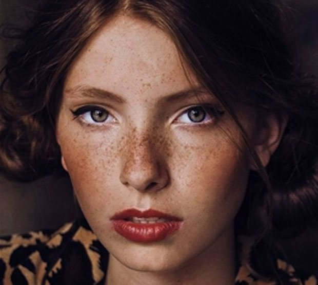 16 Photos that Prove Women w/ Freckles are Gorgeous