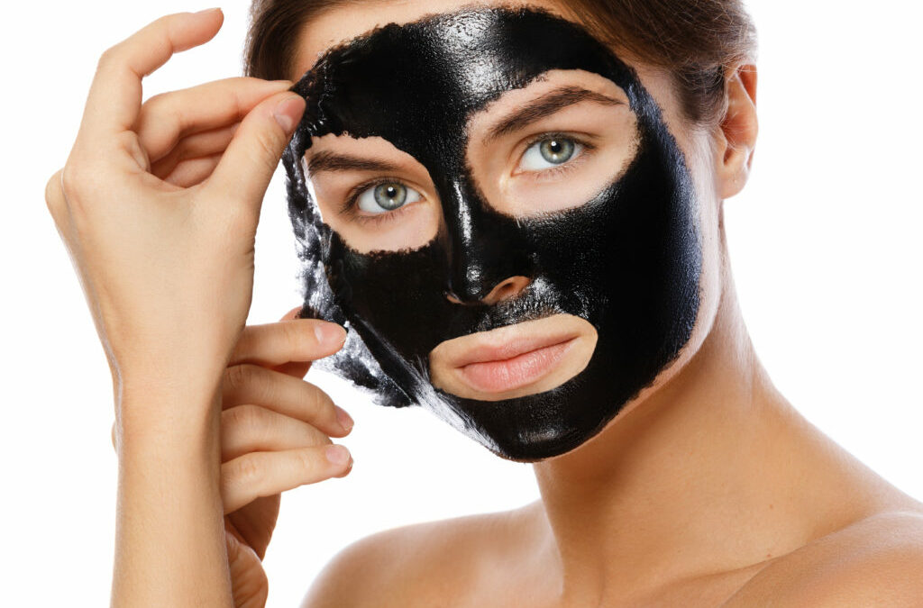 How to Get Glowing Skin w/ a Charcoal Peel-Off Mask