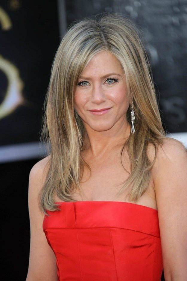 Jennifer Aniston's Long Layers | Flattering Haircuts For Older Women | Makeup Tutorials