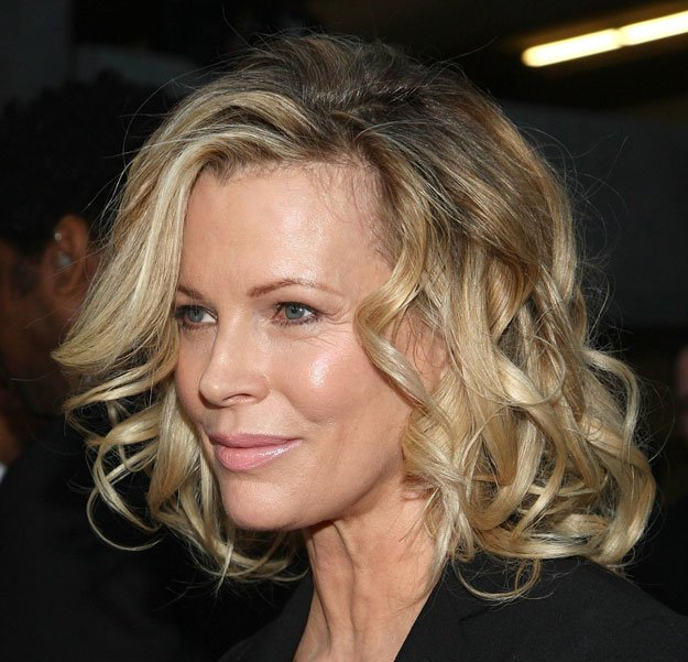 Kim Basinger's Curls | Flattering Haircuts For Older Women | Makeup Tutorials