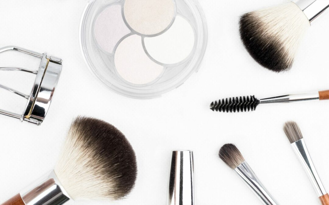 5 Eye Shadow Brushes The Pros Use Daily