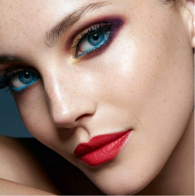 Colorful Waterline | Homecoming Dance Makeup Ideas Guaranteed To Win You The Crown