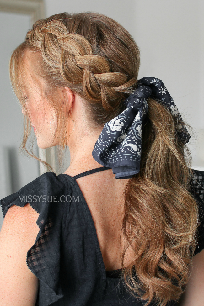 12 Chic Back-to-School Scarf Hairstyles