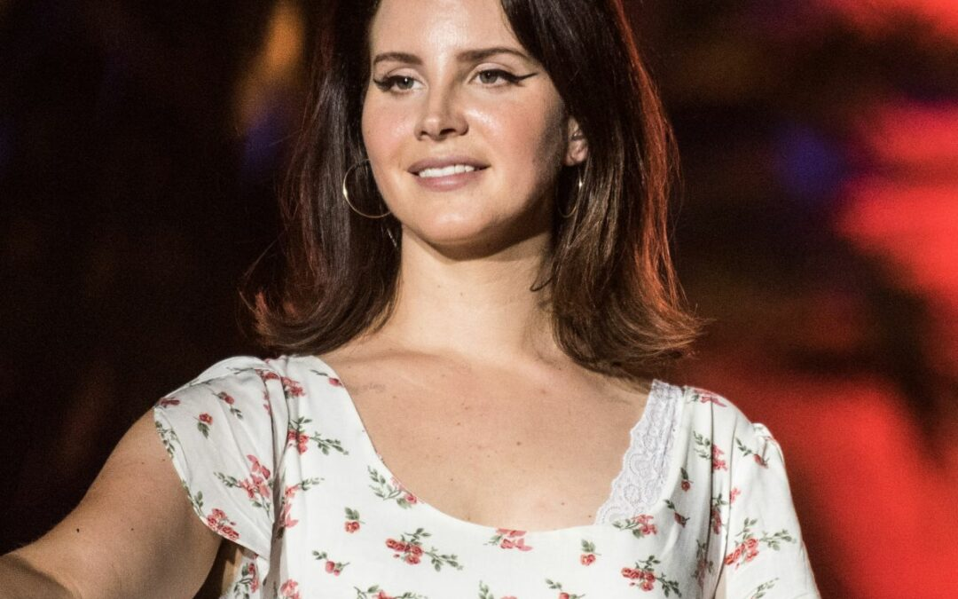 Lana Del Rey is Postponing her Israel Performance Following Backlash