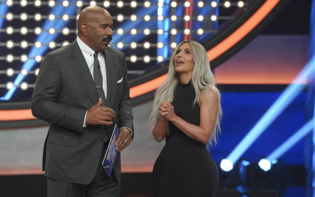 "Keeping Up With the Kardashians |  ""Family Feud"" Episode"