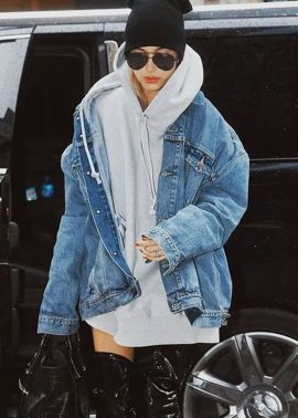 Denim Jacket Outfits Inspirations for Girl 20