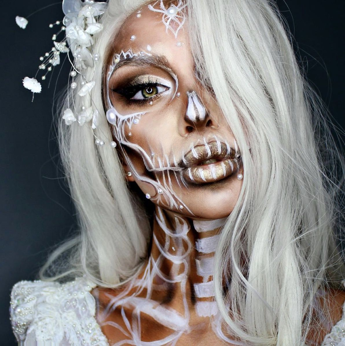 45 Jaw-Dropping Halloween Makeup Ideas (That Are Still Pretty)