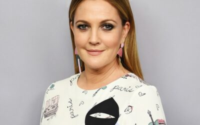 The Mysterious Case of The Viral Drew Barrymore In-Flight Interview