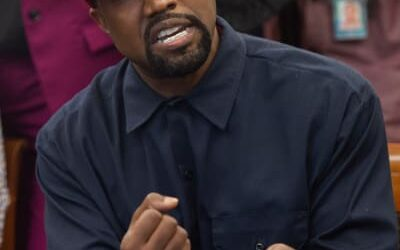 Kanye West Reveals iPhone Password to the World