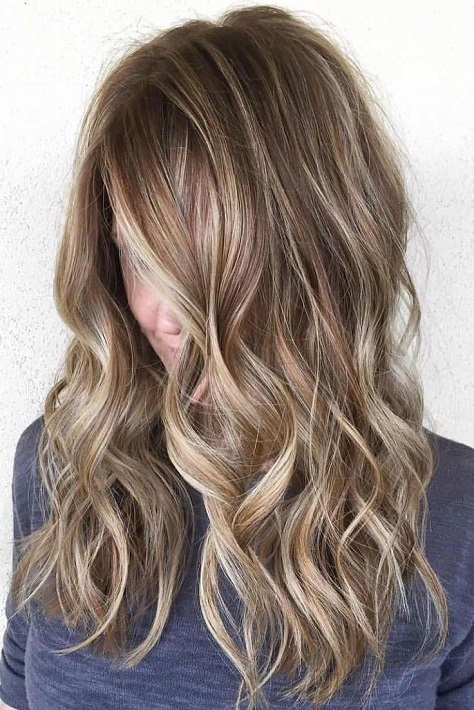Here are gorgeous Brown Hairstyles with Blonde Highlights you'll love to try.