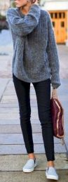 Fashionable oversized sweater for winter outfit 60