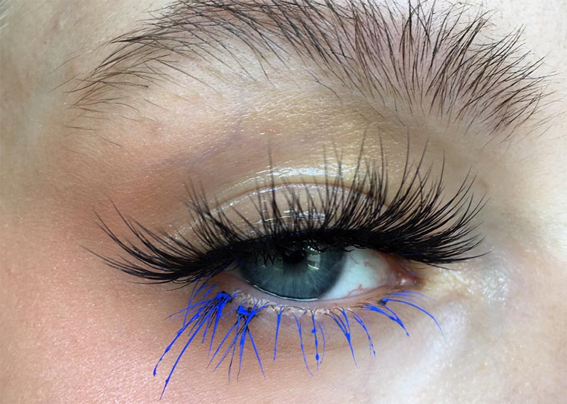 Colored Mascara Makeup Tips & Ideas