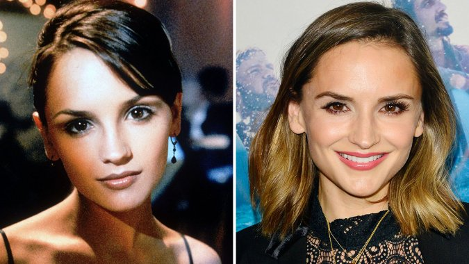Rachel Leigh Cook then and now